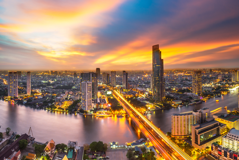 Can foreigners buy property in Thailand ?